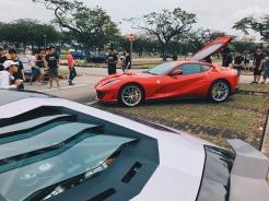 Ferrari 812 SuperFast & Lamborghini Aventador