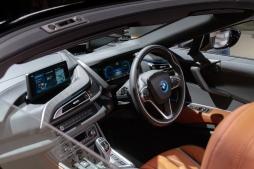 i8 Roadster interior
